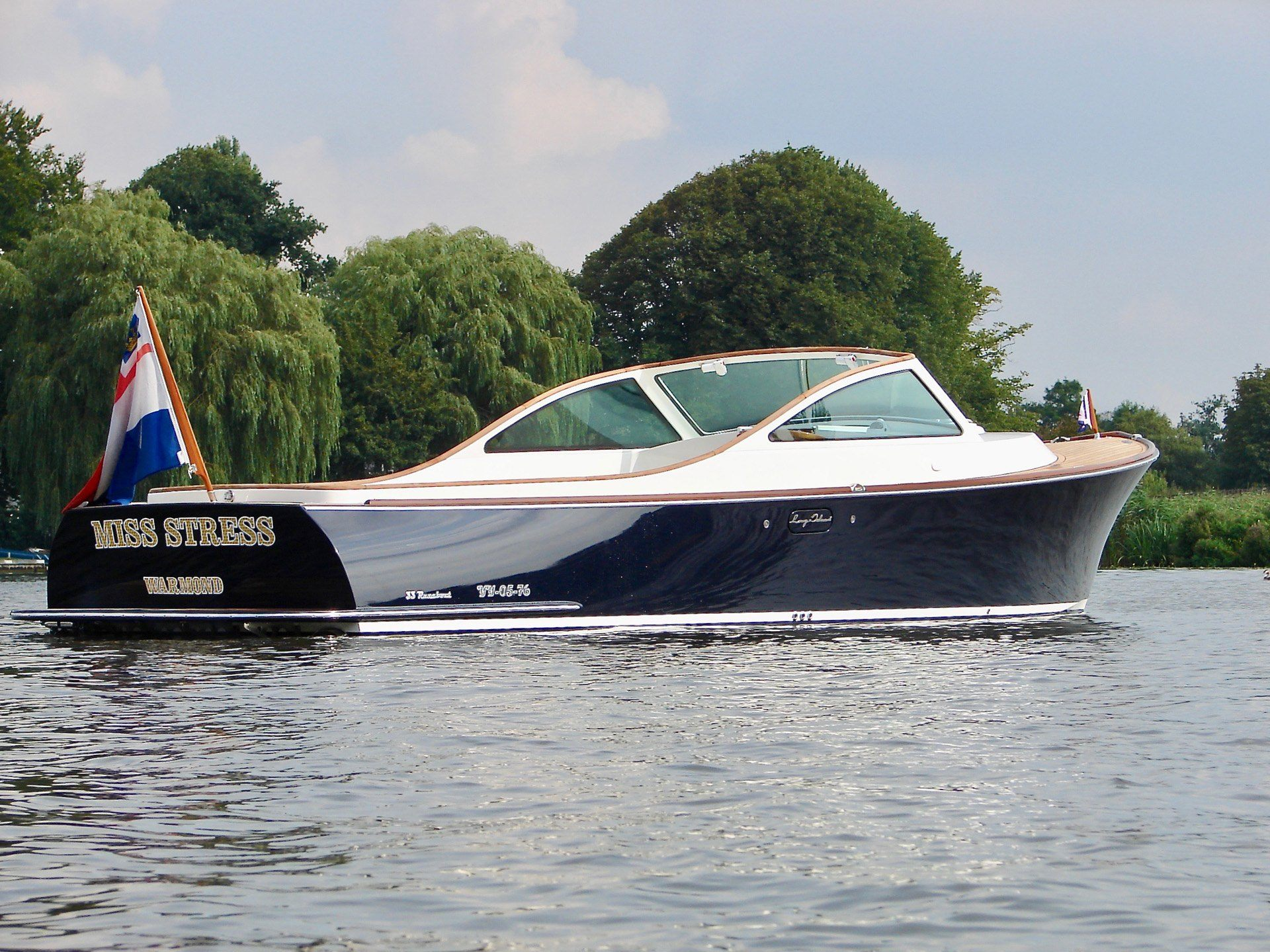 Long Island Yachts, Holland's premier yacht builder.